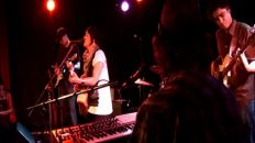 Jess-Harlen-Meanwhile-Lover-Come-Find-Me-featuring-Ru-C.L.-live-at-Northcote-Social-Club