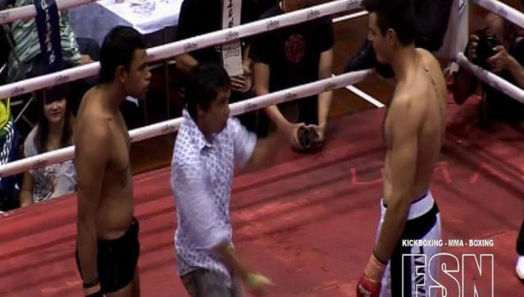 Tristan-Hamer-vs-Milner-Apouri-MMA-bout-at-FSN2
