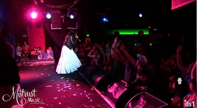 Jean-Grae-ft-Mela-Machinko-This-morning-live-at-the-Prince-Bandroom